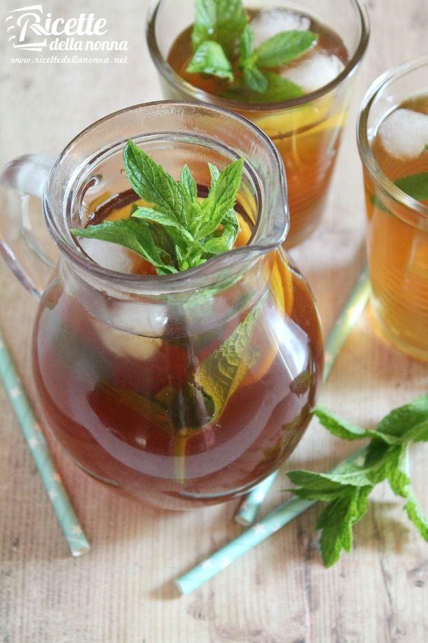 L'articolo Come preparare il tè freddo fatto in casa proviene da Ricette della Nonna. I consigli della Nonna: il tè freddo si conserva in frigorifero per almeno 3 giorni. Per avere un tè più limpido,