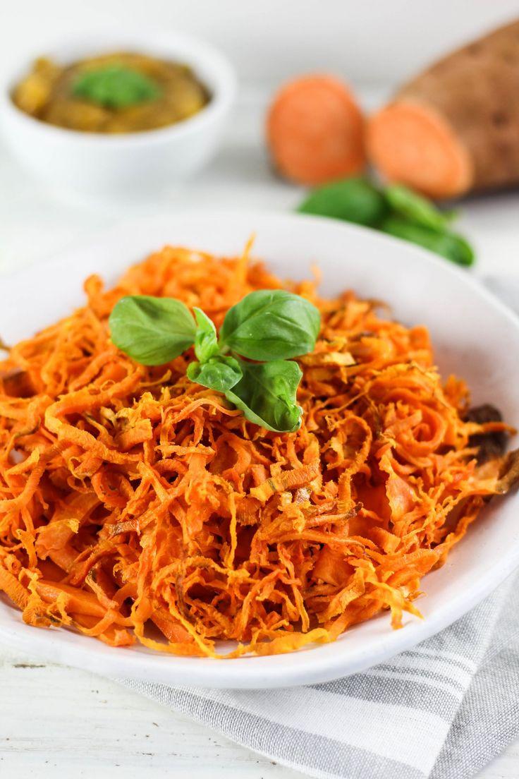 Süßkartoffelspagetti mit Mango-Chili Dip