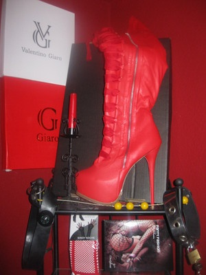 GR. 44 GIARO CORSAGE KNEE TS BOOTS TV PLATEAU KNIE STIEFEL SKY HIGH HEEL ROT  SCHON AB 1 EURO :-))