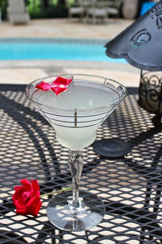 Cocktail Recipe: The Brazilian Rose