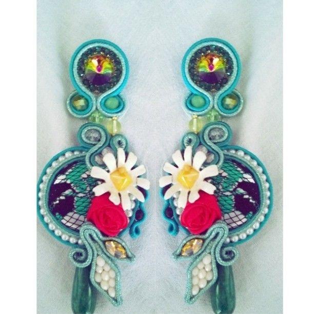 #earrings #flowers #soutache #cabochon #margherite #rose #summer #italiaislove #handmade #artigianato #fattoamano #sfilate #eventi #Milano #Roma #Parigi #newyork #puglia #madeinitaly #fashion #moda #glamour #accessory #nelbauledimarci