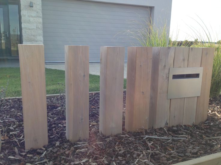 Timber letterbox detail. Safety Beach display home. www.marktraversla.com