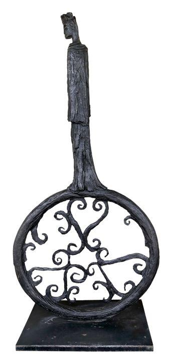 An original sculpture by Deborah Bell entitled: Empress of Domination II. bronze. #DeborahBell #FineArt #SouthAfricanArt #SouthAfricanArtist #Bronze #Sentinel #Empress #Domination For more please visit: www.finearts.co.za