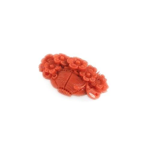 Corallo Rosso scolpito a forma di cestino di fiori £250
