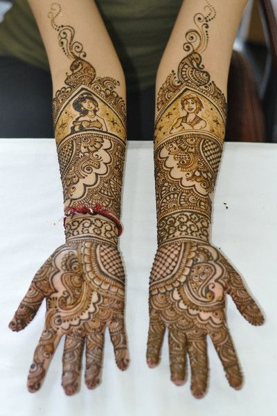 Mehndi Maharani 2013 Finalist: Henna Craze http://maharaniweddings.com/gallery/photo/13913