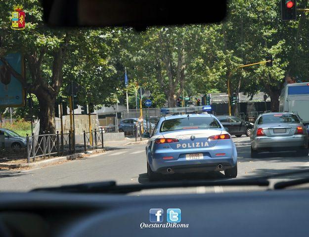 Roma - Aggredito con un cacciavite da un filippino alla fermata dell'autobus
