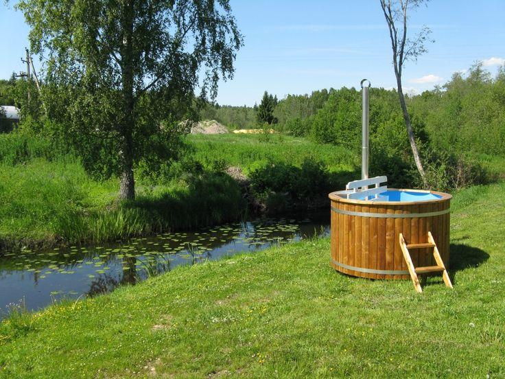 Was ist eine Badetonne? Die traditionelle Badetonne, auch Badezuber oder Badebottich genannt, wird aus Holz gebaut. Schon in den alten Schlössern und Ritterburgen hat man [...]
