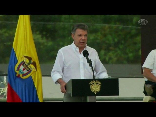 Farc entregam armas em cerimônia na Colômbia