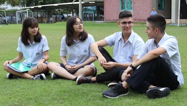 International schools in Bangkok provide a plethora of reasons for parents to enroll their children.  While matriculating at an international school in Bangkok your child will gain a respect and knowledge of many different cultures