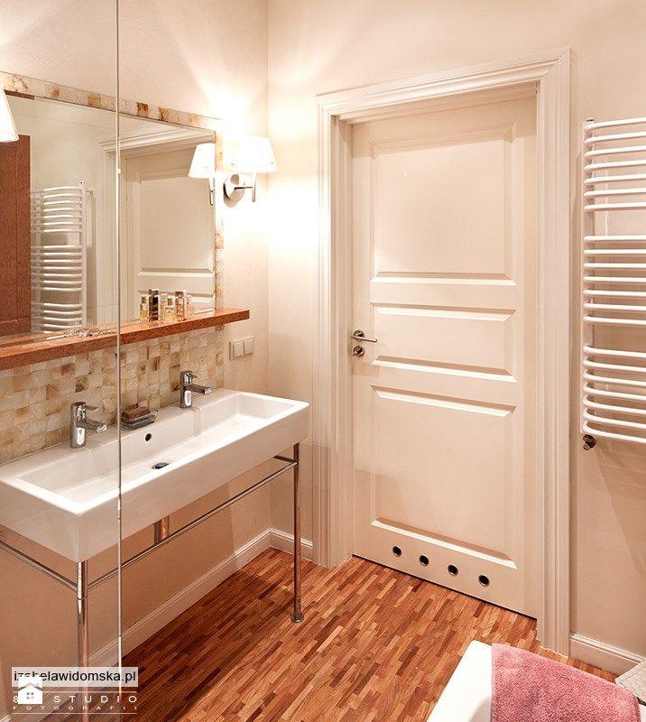 Umywalka na konsoli - zdjęcie od Izabela Widomska Wnętrza - Łazienka - Styl Eklektyczny - Izabela Widomska Wnętrza