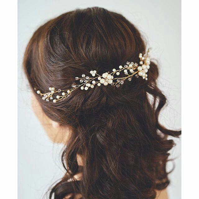 349 best bijoux mariage accessoires cheveux coiffure mariage chignon mari e boh me romantique. Black Bedroom Furniture Sets. Home Design Ideas