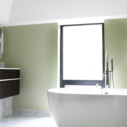 Bathroom, House 2, Bathtub