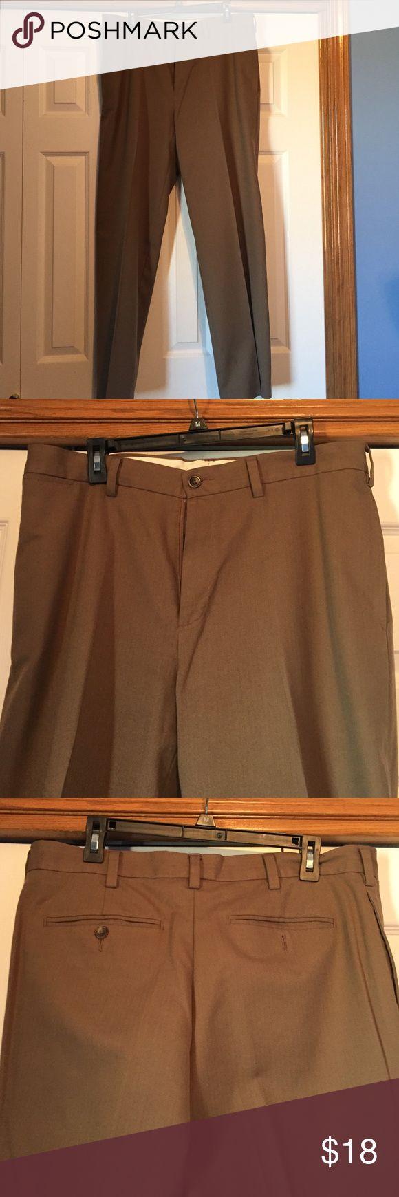 Men's Tan Eddie Bauer slacks 100% cotton AG Eddie Bauer Pants Dress