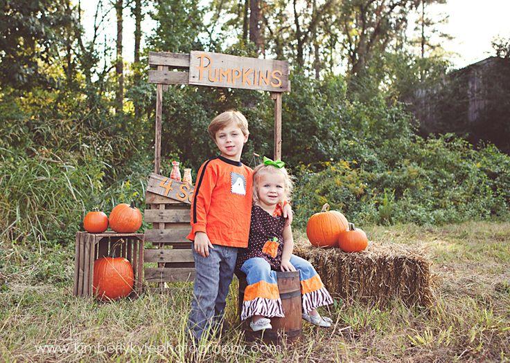 www.kimberlykylephotography.com - Pumpkin Stand