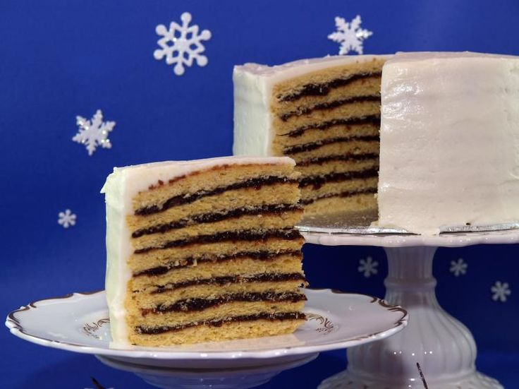 Vinarterta (Icelandic Christmas Cake): A sumptuous Icelandic layer cake filled with prunes and cinnamon.