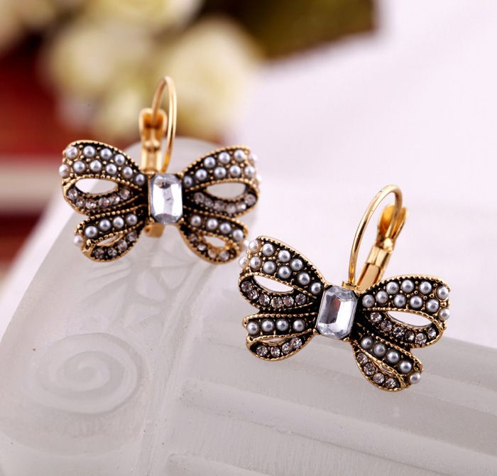 Pretty Butterfly Gold Alloy Earrings $7.98