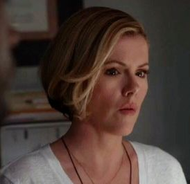 Kathleen Robertson/murder in the first - hair