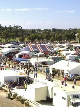The Kapunda Farm Fair is almost upon us! Held at the Kapunda Harness Racing Complex this Friday 8th and Saturday the 9th, Murray Street Vineyards will be there with some of your favourite wines on tasting. See you there!