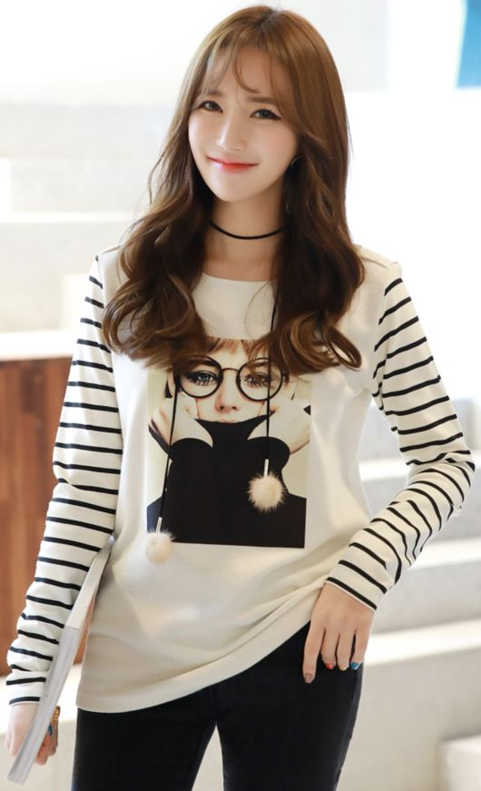 StyleOnme_Fashion Illustration Print Stripe Sleeve T-shirt #cute #tee #koreanfashion #kstyle #kfashion #stripe #dailywear #falltrend #seoul