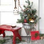 Just added my InLinkz link here: http://www.funkyjunkinteriors.net/2014/12/christmas-snow-sleigh-shelf.html#comment-586224