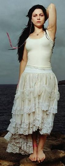 Amy Lee  man if I wore white or looked good in it