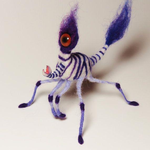 Gefilzte lila Zebra Cyclops Wasser Strider beweglich AUßERIRDISCHE MONSTER von…