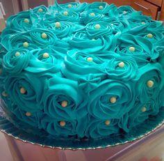 Rosette Cake Blue Tiffany   Bolo de Rosas Azul Tiffany