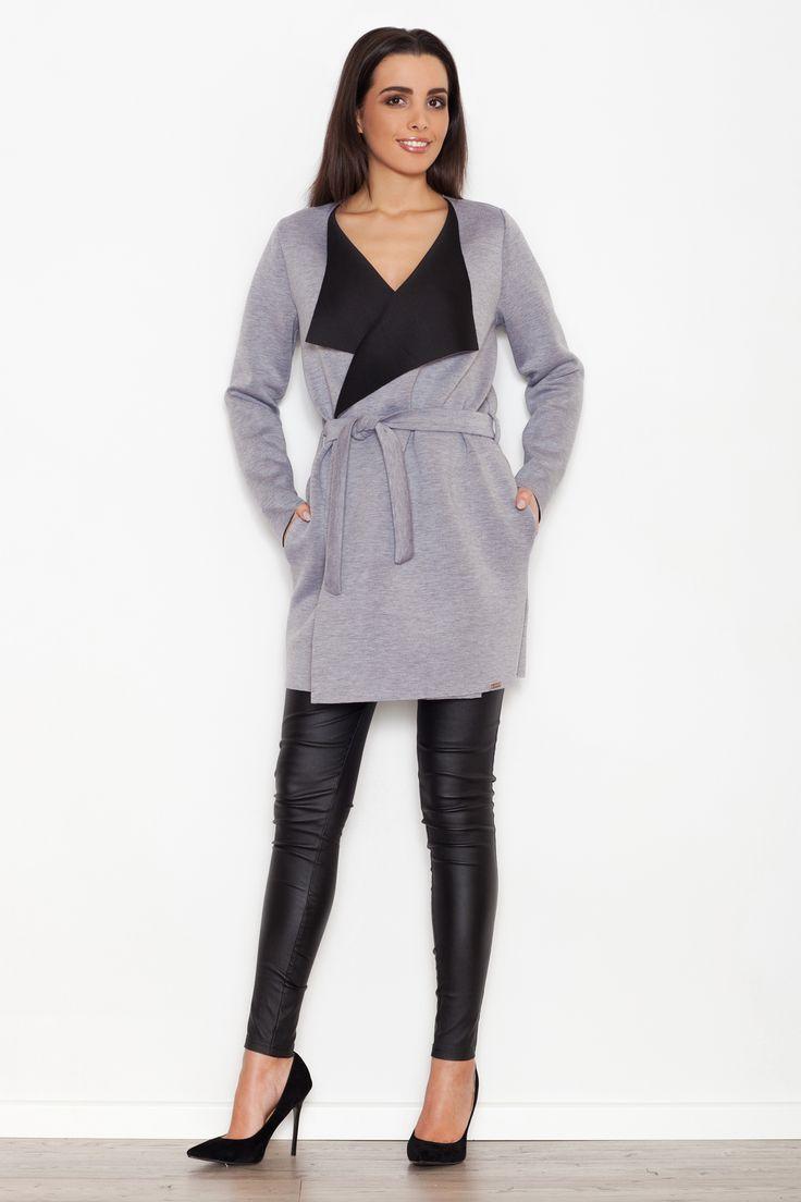 Szary płaszcz damski z czarnymi elementami