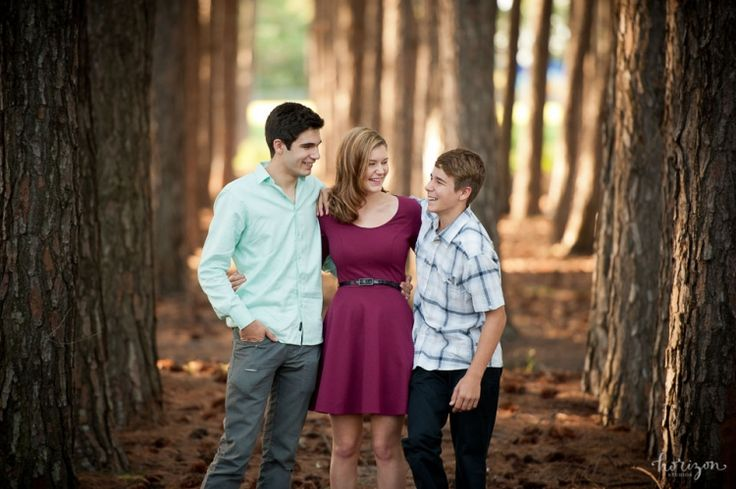 Family Photography, Gold Coast, Pine Forest, what to wear, Horizon Studios, siblings