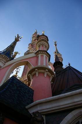 Honeymoon tips to save money at the Disney resorts :)