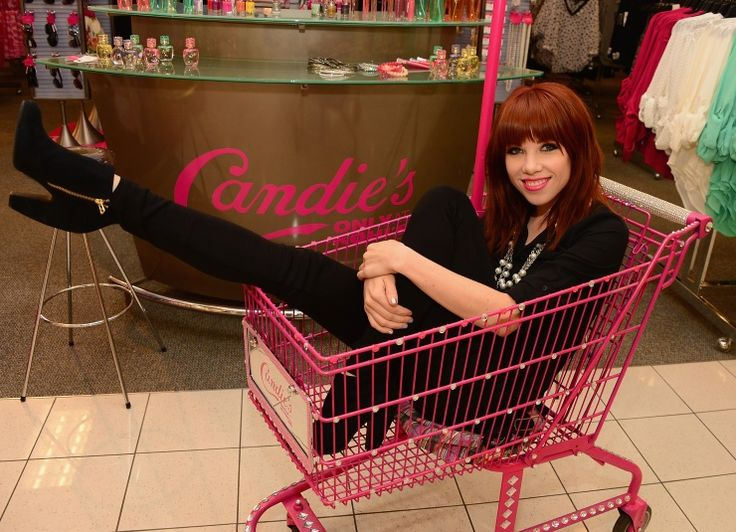 We'll take everything in the basket. Carly Rae Jepsen goes for a ride during her Candie's shopping spree on Sept. 9 in Jersey City, N.J.Promocionando Candie'S, Jersey Cities, Cars Rae Jepsen, Rae Jepsen Jepsen, Rae Jepson, Jepsen Promocionando, Public Figures, Candie'S Shops, Carly Rae Jepsen