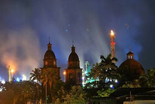 Colombia - Iglesia del Sagrado corazón de Jesús, Barrancabermeja Santander.
