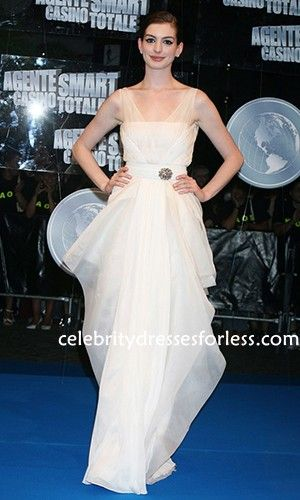 Anne Hathaway White Floor Length Dress At Get Smart - Rome Premiere Formal Dress.prom dresses,formal dresses,ball gown,homecoming dresses,party dress,evening dresses,sequin dresses,cocktail dresses,graduation dresses,formal gowns,prom gown,evening gown
