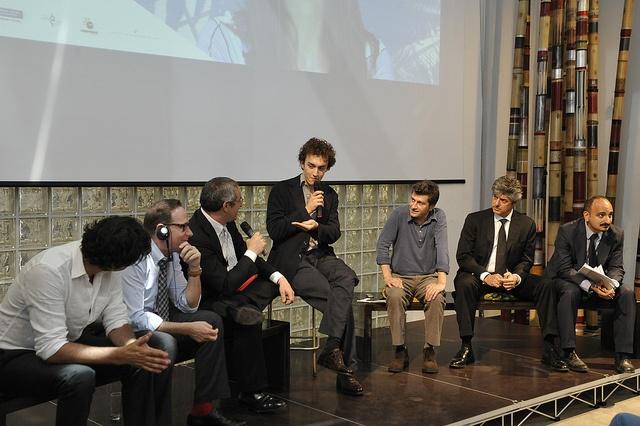 Continua il panel. Si parla di #ItalianRainforest by workingcapitalteam, via Flickr