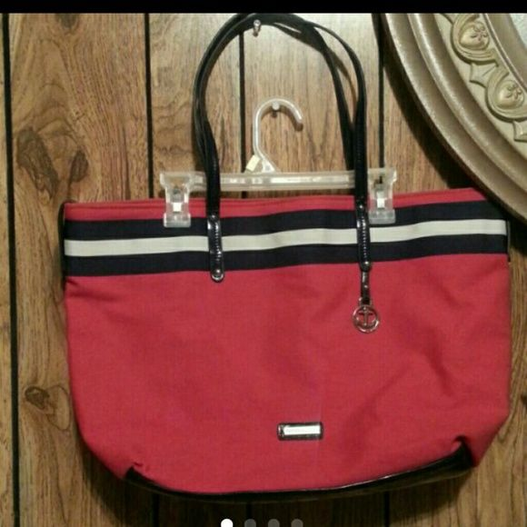 Tommy  Hilfiger  large  tote.New  no  tags Red Tommy  Hilfiger  tote  /  bag  from  smoke  free  home. Tommy Hilfiger Bags Totes