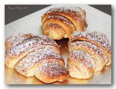 Jemné výborné croissanty s ořechovou náplní | NejRecept.cz