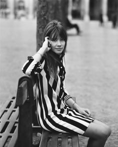 #2 STYLE ICONS: FRANCOISE HARDY | WomanTime #Francoise Hardy #Françoise Hardy #Style Icons #Fashion #Trend #60s