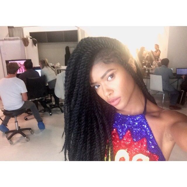 simone battle twitter