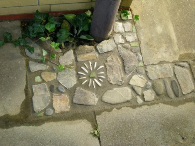to patch up concrete...creative mosaic