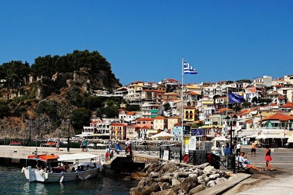 Port of Parga town