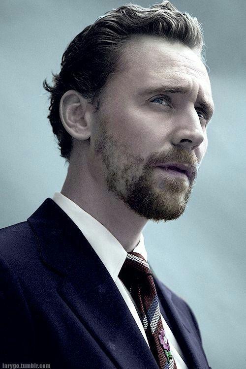 Tom Hiddleston is the type of boyfriend - ❤65❤ | Tom