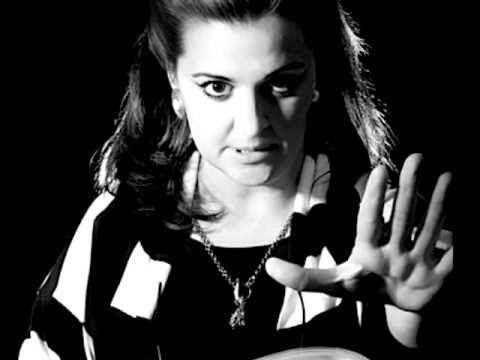 "MORNING GROOMING: Maria Callas, Carmen: ""Les Tringles Des Sistres Tintaient"""