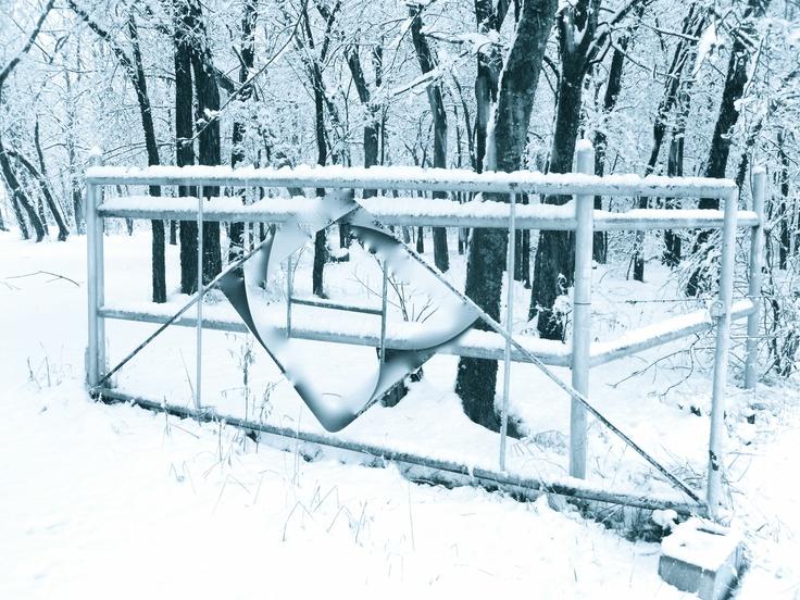 open gate..