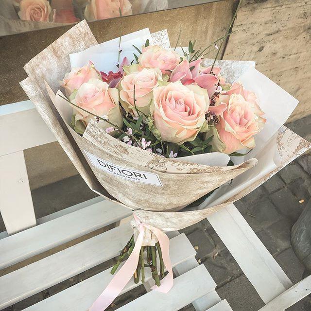 #Bouquets #floral #Difiori #Roses  #DifioriVirágszalon #MonddElVirággal