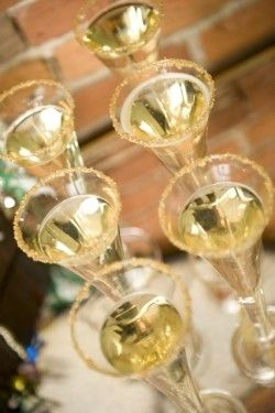 new years gold sugar champagne flutes/ Great new years eve party ideas.