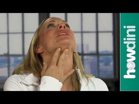Yoga facial and neck exercises: Firm your neck using face yoga - YouTube
