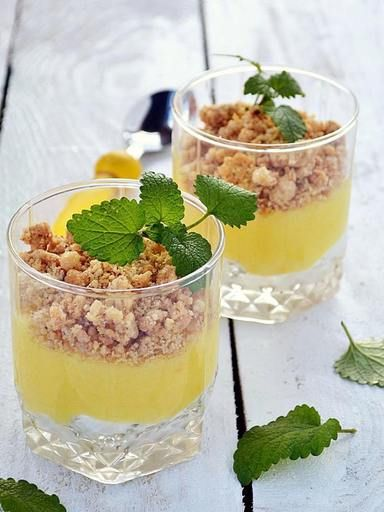 Verrine crumble citron : Recette de Verrine crumble citron - Marmiton