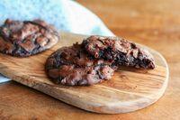 Flourless Chocolate Peanut Butter Cookies - Clockwork Lemon