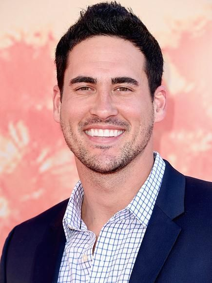 This is Josh Murray - Bachelorette Supervillain Chad Johnson Joins Bachelor in Paradise as Former Winner Josh Murray Comes to His Defense| People Scoop, Reality TV, The Bachelor, The Bachelorette, TV News, JoJo Fletcher