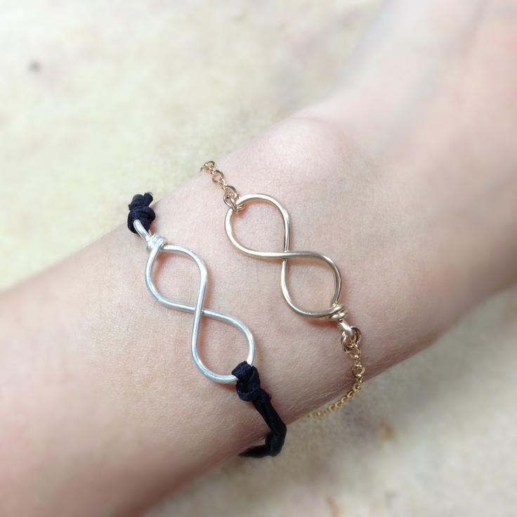 Infinity bracelet. Pulsera infinito